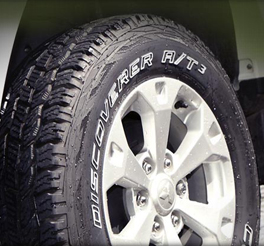 Cooper discoverer at3 tyre fitted to the Mitsubishi L200