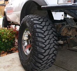 bfgoodrich km2 mud tyre fitted to the chrysler jeep wrangler